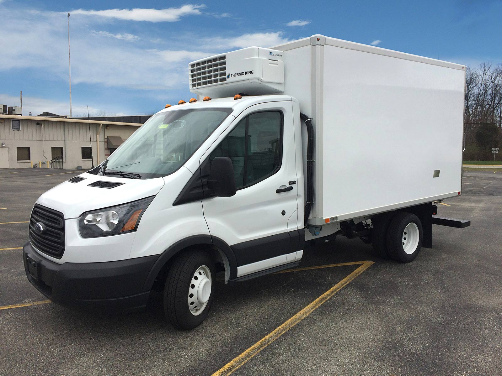 Refrigerated Vans Models Ford Transit Box Truck Bush