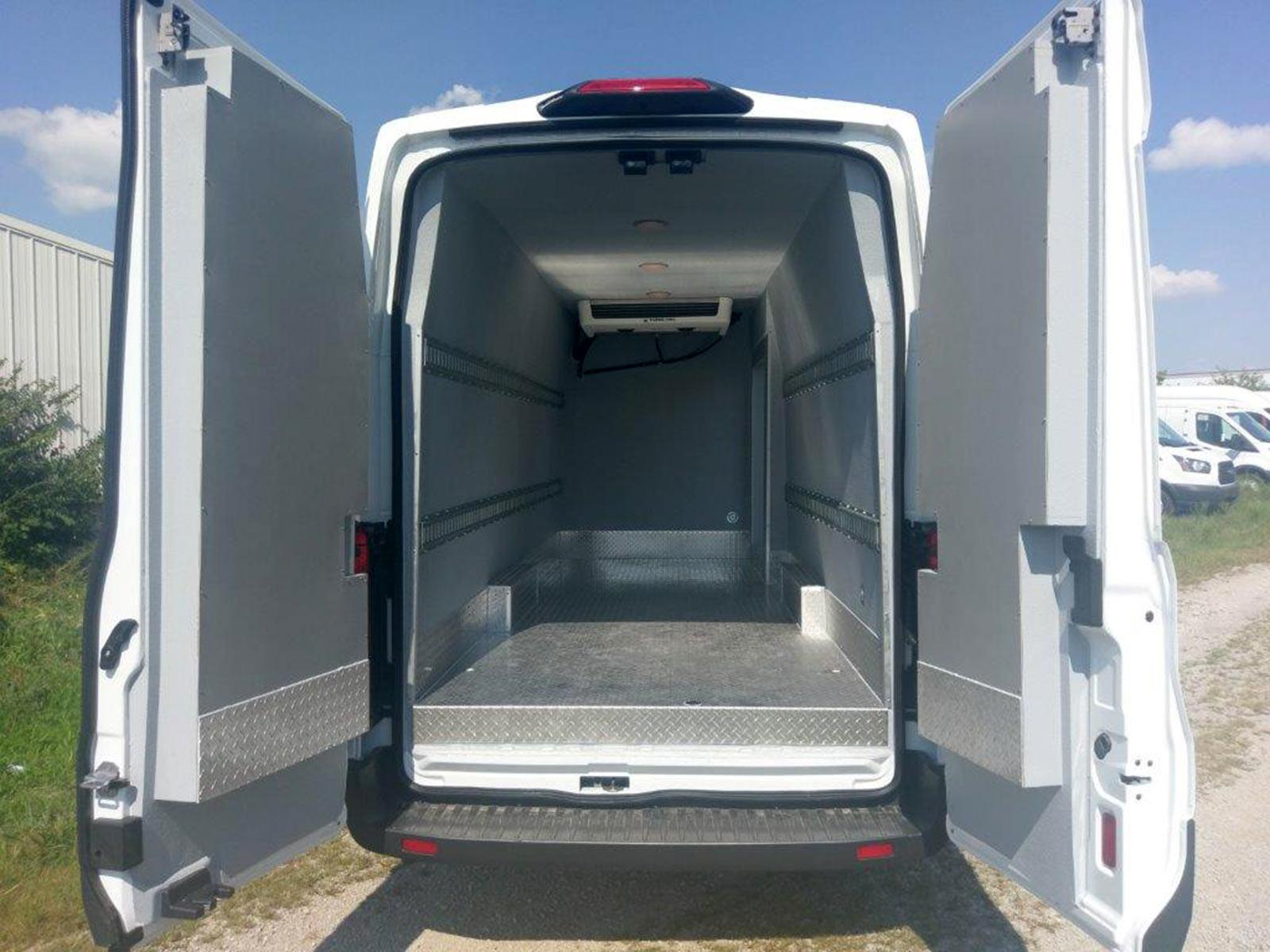 Refrigerated Vans | Models | 2018 Ford T350 Transit Van
