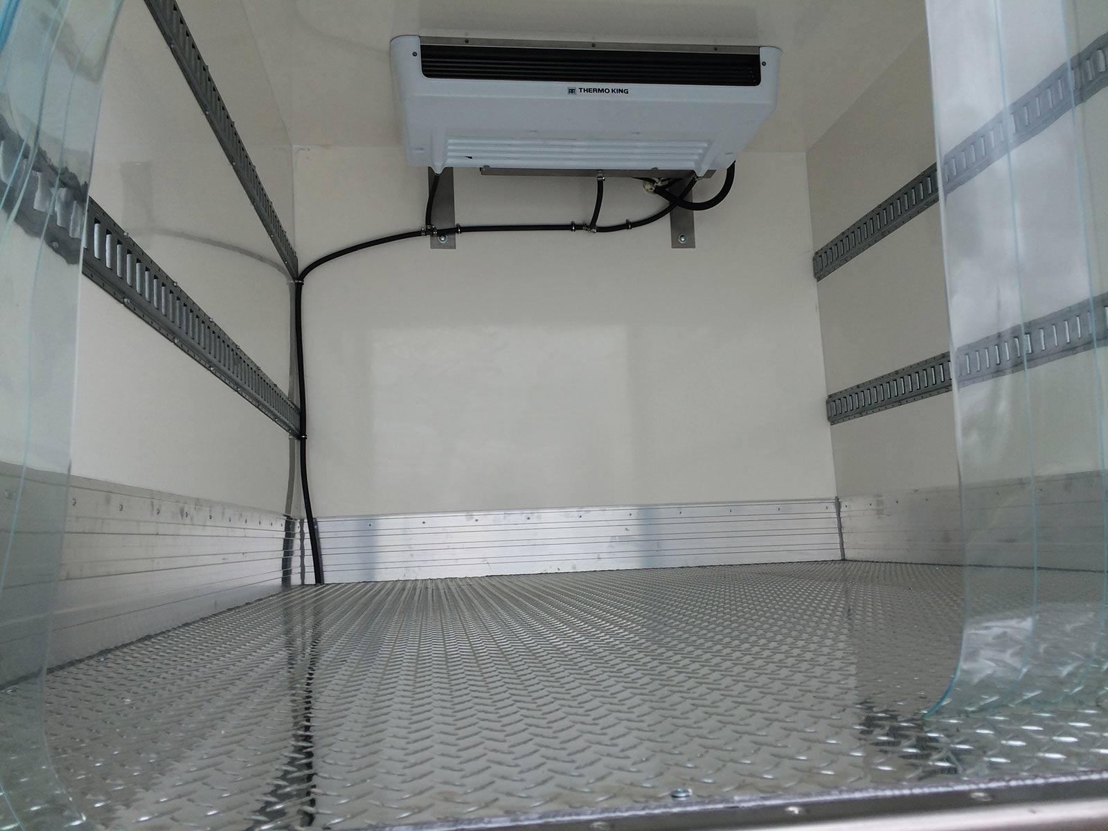 Refrigerated Vans Models Ford Transit Box Truck Bush